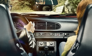 Porsche presenta un nuevo sistema multimedia para sus coches clásicos