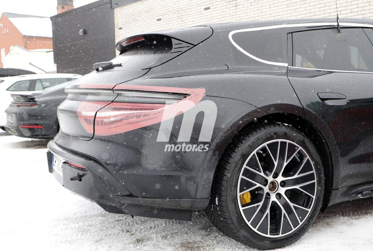 2020 Porsche Taycan | Taycan Sport Turismo 70