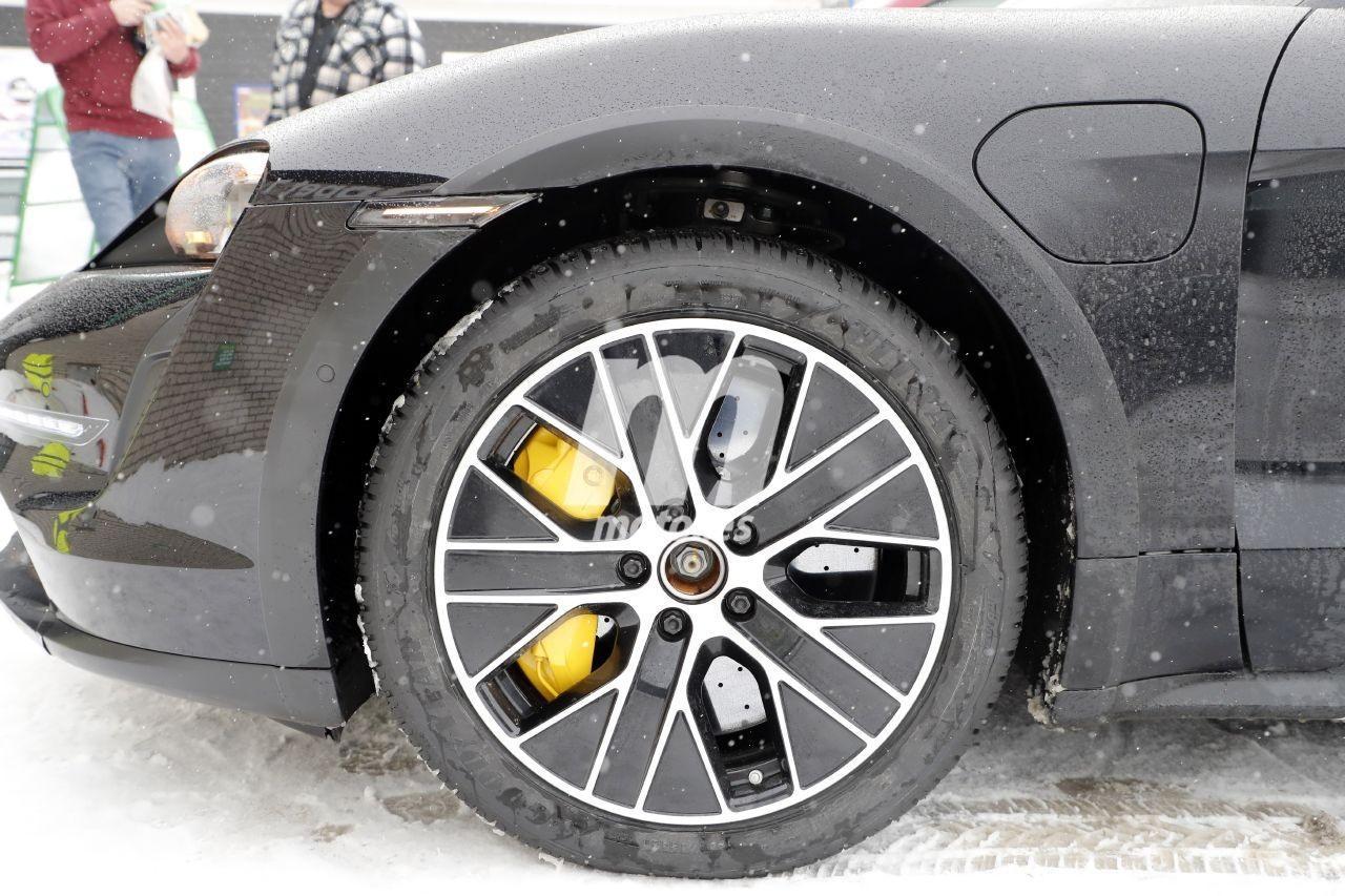 2020 Porsche Taycan | Taycan Sport Turismo 73