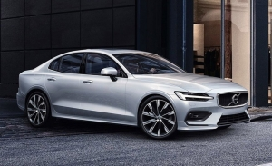 Así es la gama 2020 del Volvo S60: motores semihíbridos y dos versiones enchufables