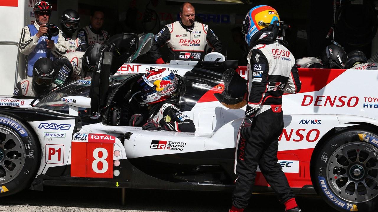 Alonso asegura que buscará en un futuro su «tercera victoria» en Le Mans