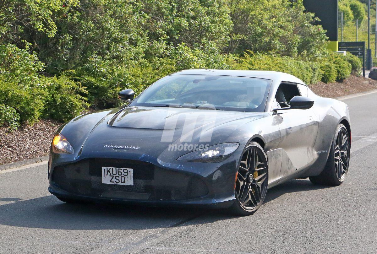 2019 Aston Martin DBS GT Zagato 10