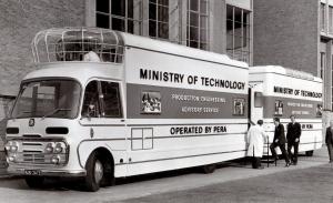 Bedford SB3 Mobile Cinema, cine para expandir la tecnología