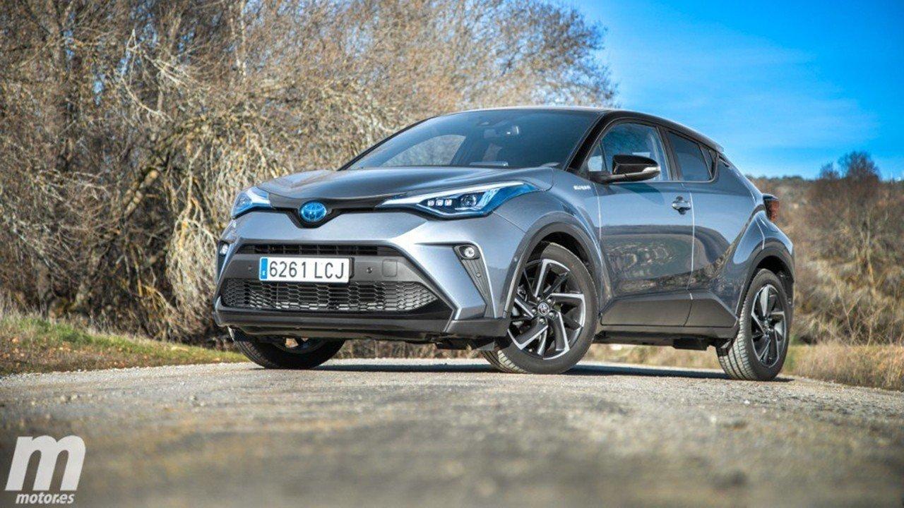 En marzo y abril se han dejado de vender cerca de 200.000 coches nuevos