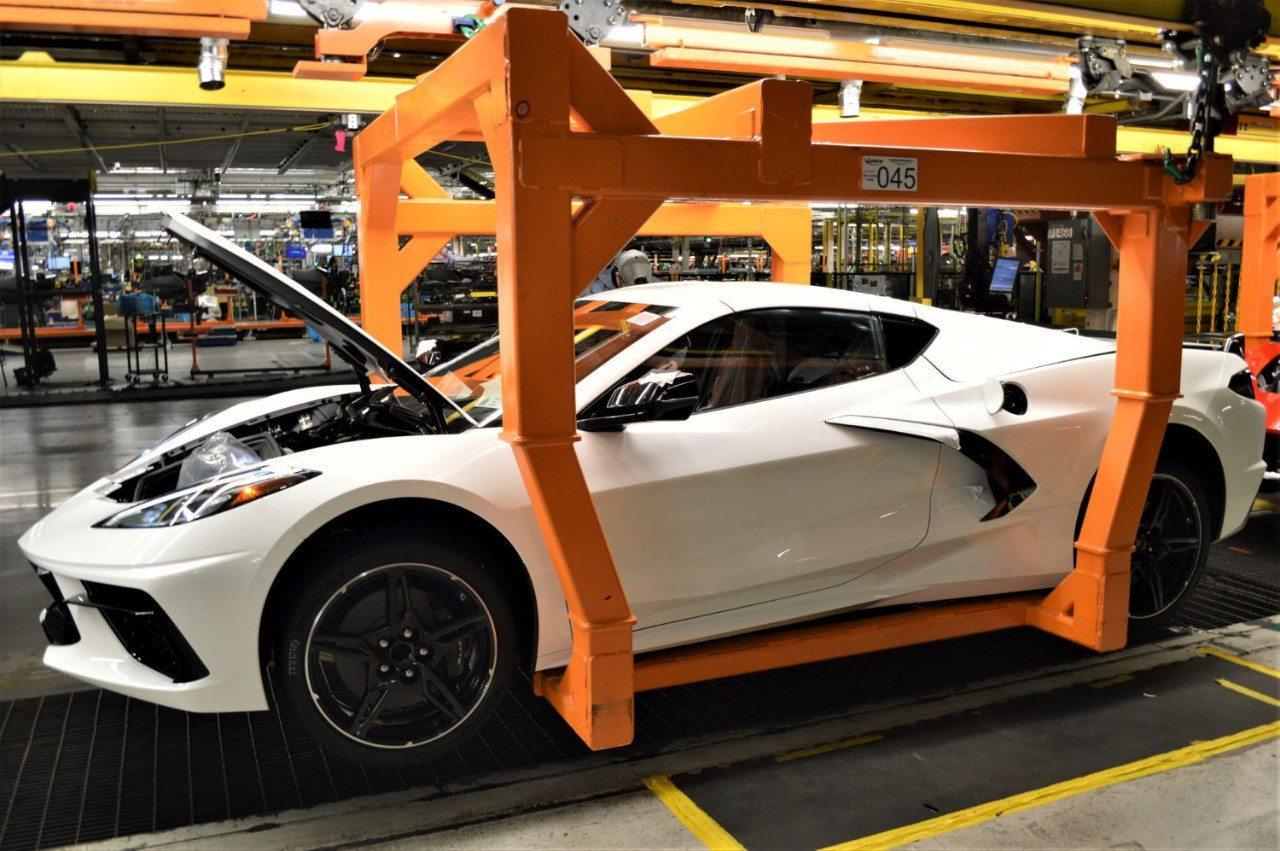 El Chevrolet Corvette 2020 no está acabado, vuelve a producción en unos días