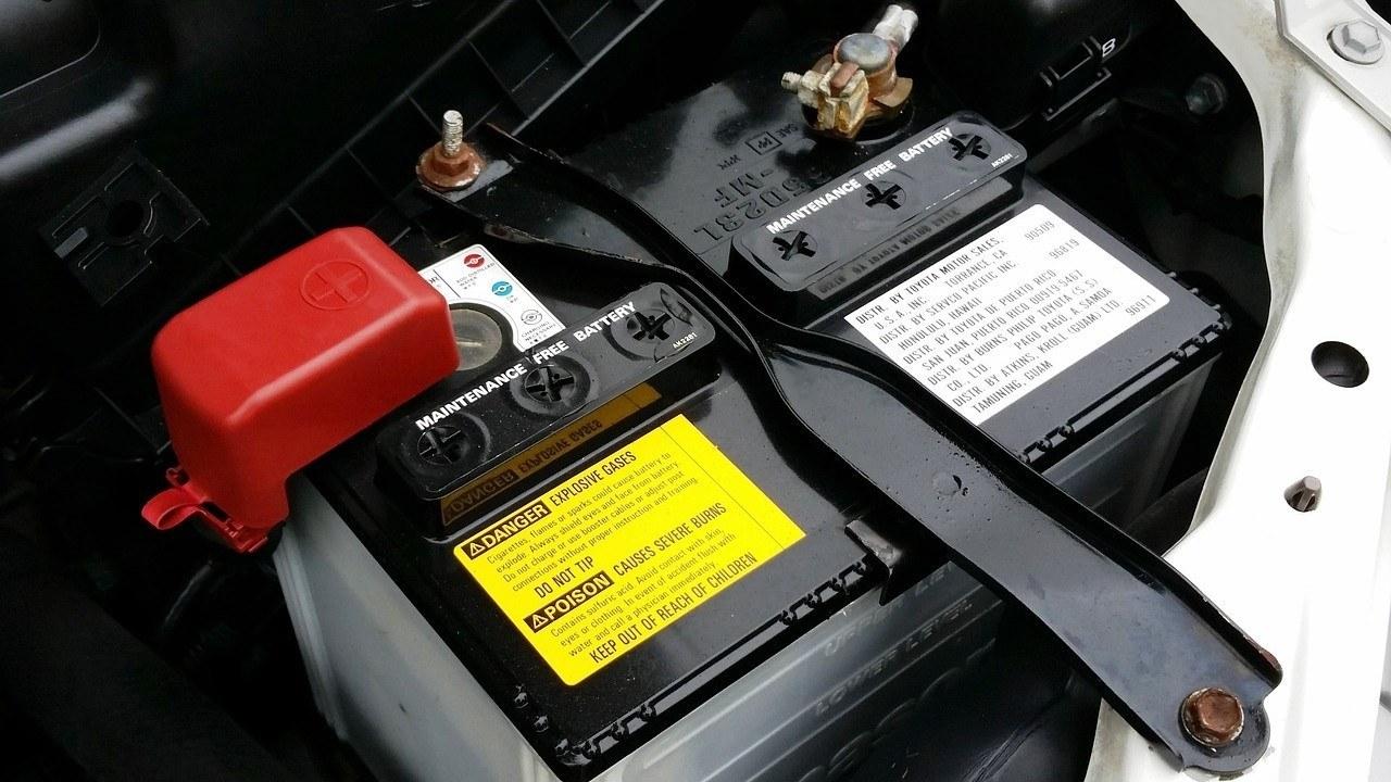 Todo lo que tienes que saber para comprobar el estado de la batería del coche