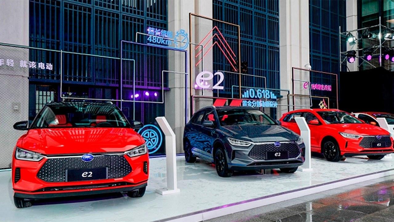 ¿Corre riesgo el coche eléctrico en China? La crisis del coronavirus complica las cosas
