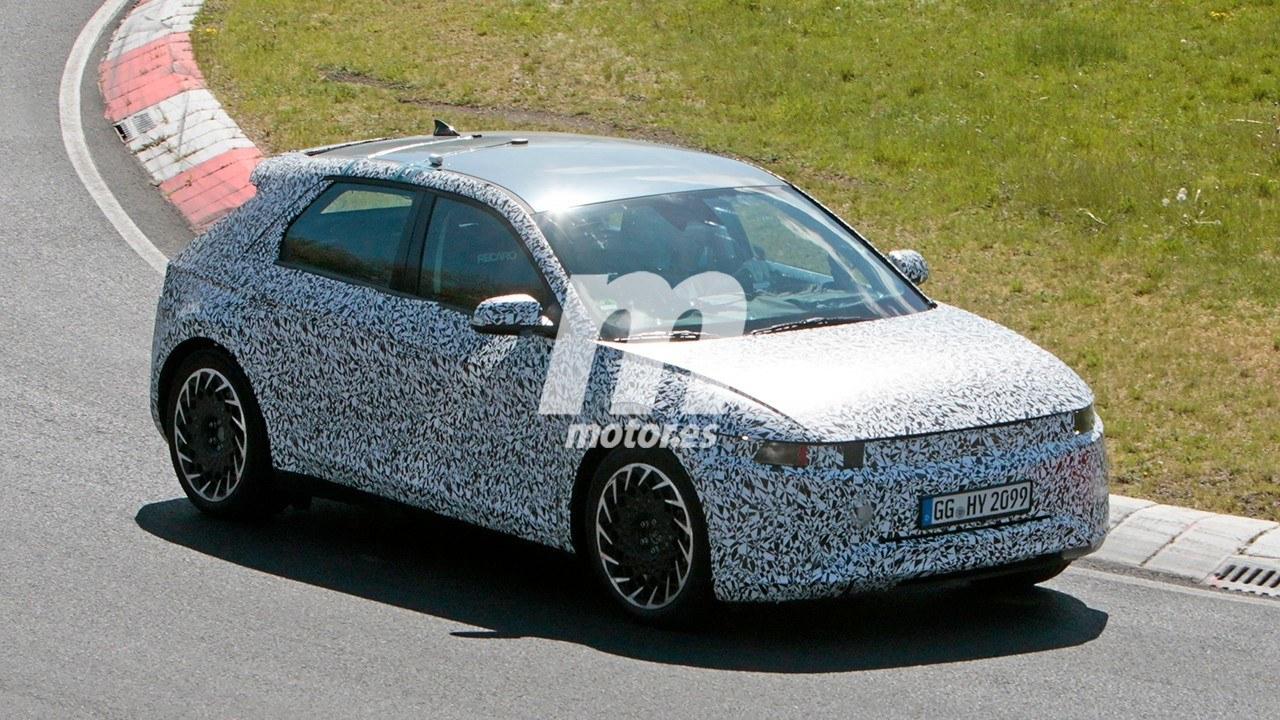 ¡Cazado! El próximo coche eléctrico de Hyundai se enfrenta a Nürburgring