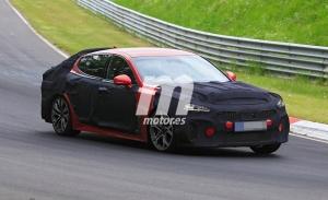 El nuevo Kia Stinger 2021 es cazado en Nürburgring, ¡la berlina se pone a punto!