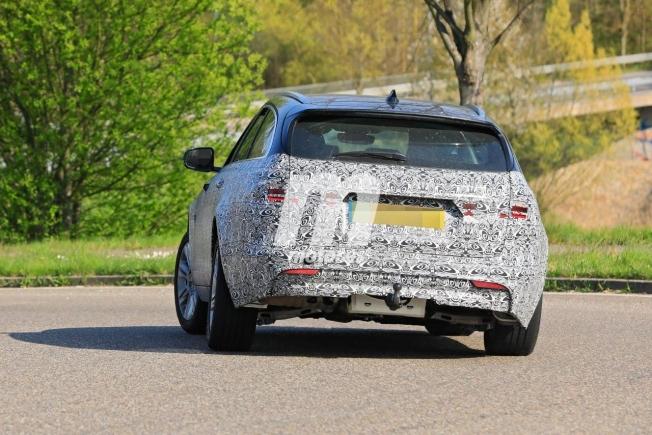 El facelift del Jaguar XF Sportbrake, que llegará en 2021, reaparece en Alemania - Motor.es