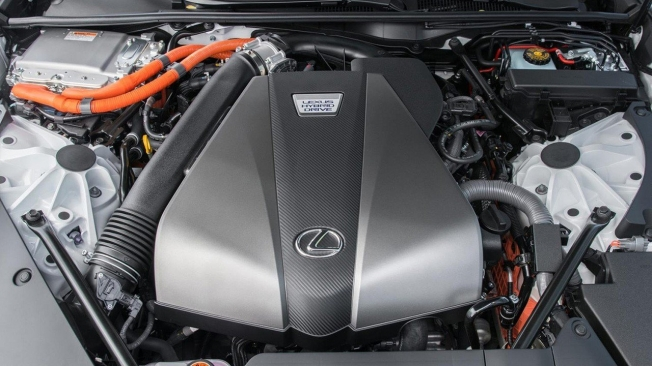 Lexus LC 500h 2021 - motor