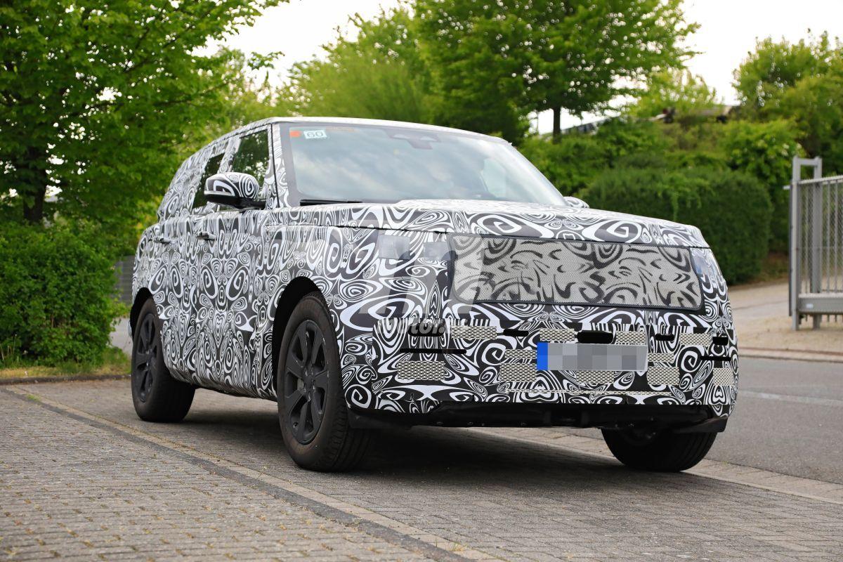 El nuevo Range Rover 2022 cazado en su configuración definitiva