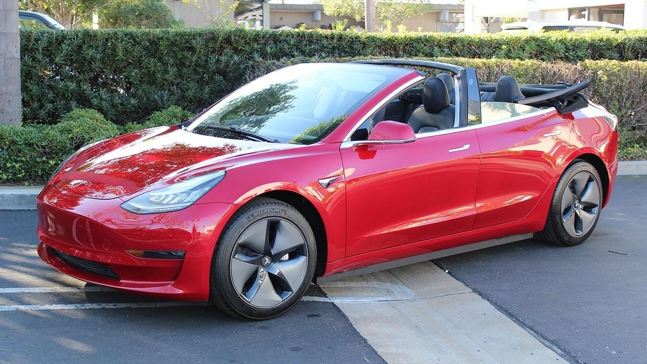Así es el Tesla Model 3 descapotable que Elon Musk no quiere construir