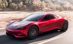 Tesla Roadster: Elon Musk confirma un gran retraso para el deportivo