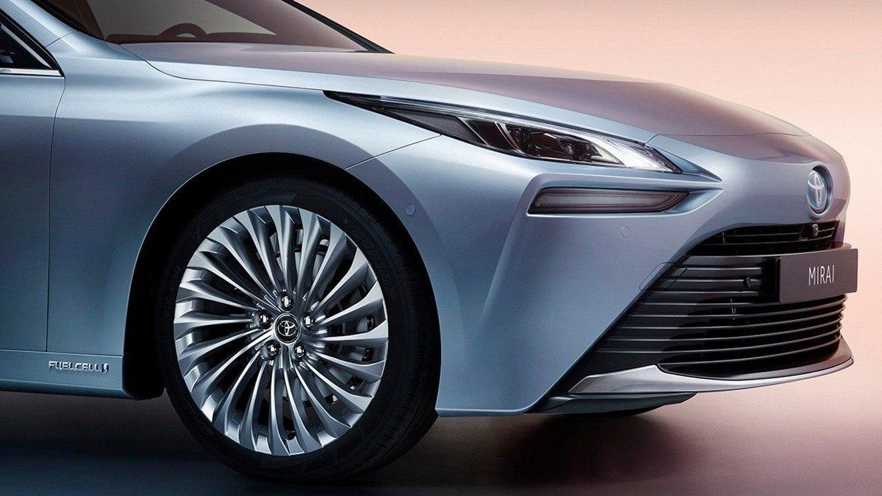 Toyota impulsará el uso del coche de hidrógeno de la mano de Gasnam
