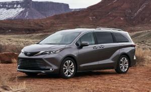 Llega el nuevo Toyota Sienna Hybrid 2021 inspirado en los trenes bala japoneses