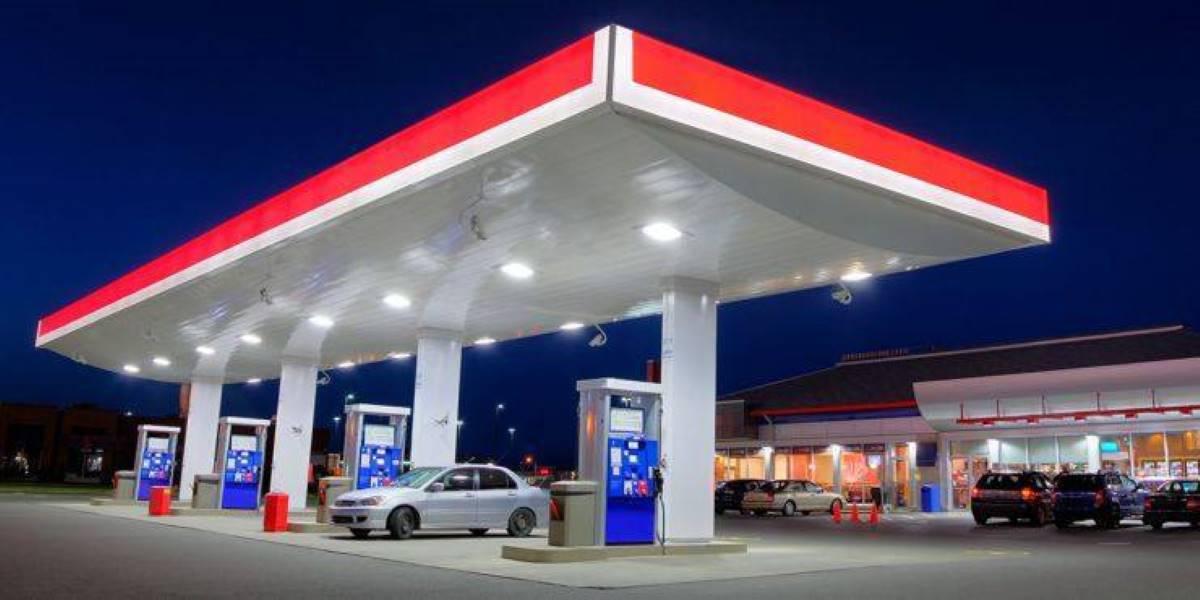 Alemania obligará a las gasolineras a instalar cargadores para coches eléctricos
