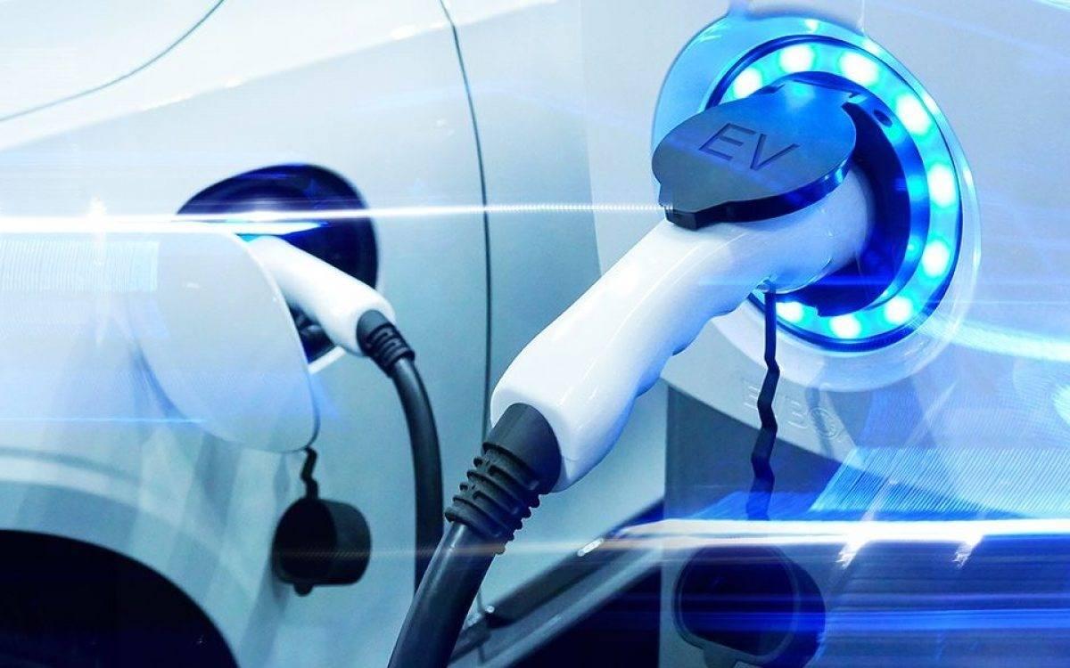 El estudio de una aseguradora revela los riesgos a los que se enfrentan con los eléctricos