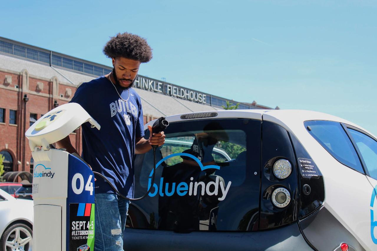 """Así fracasó BlueIndy, un servicio de """"car sharing"""" en Estados Unidos"""