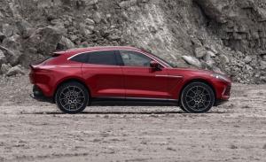 Confirmado: el Aston Martin DBX estrenará nuevas variantes de carrocería