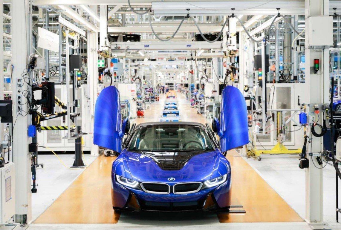 La producción de los BMW i8 e i8 Roadster cesa definitivamente