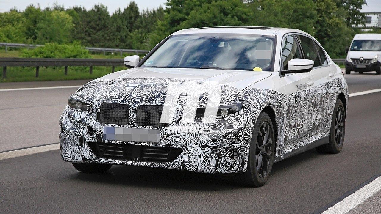 Directo a por el Tesla Model 3: el nuevo BMW i3 vuelve a ser cazado, llegará en 2022