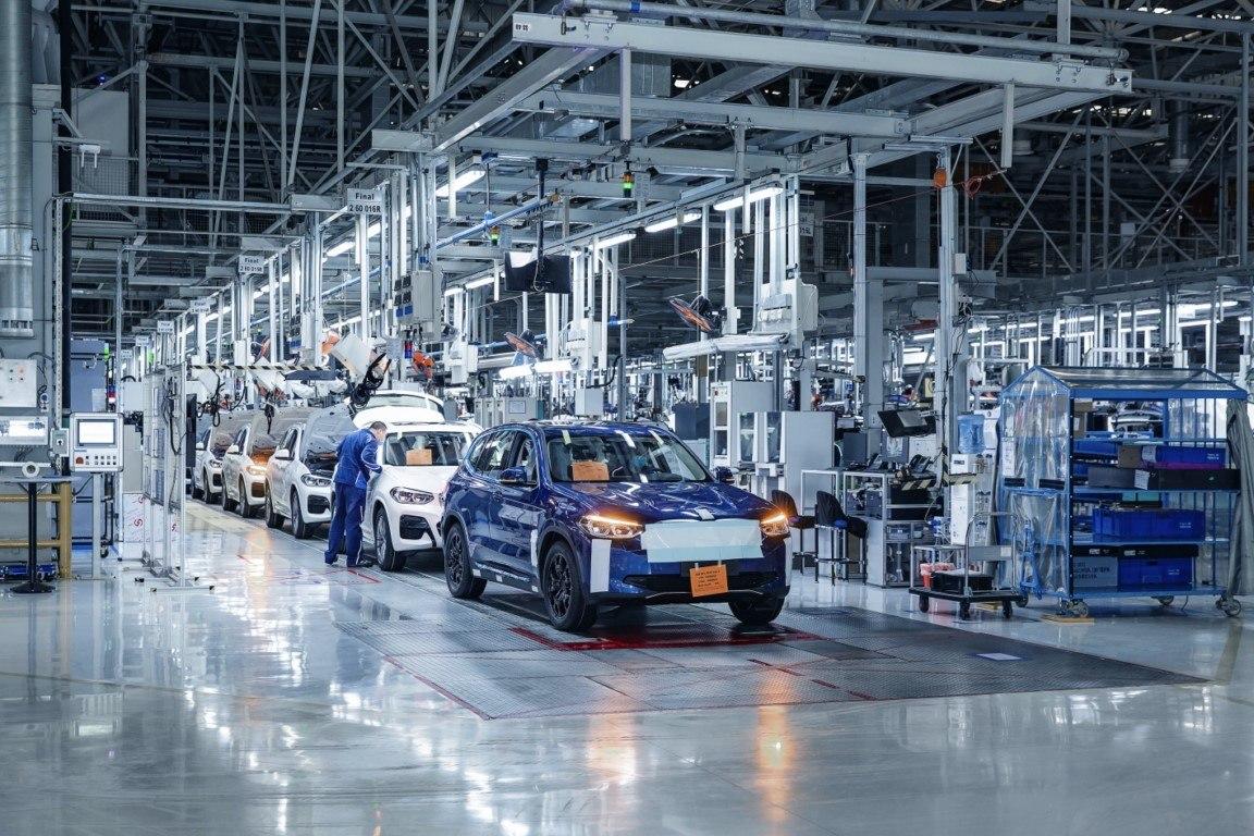 La producción del BMW iX3 en China, preparada para empezar a finales de agosto