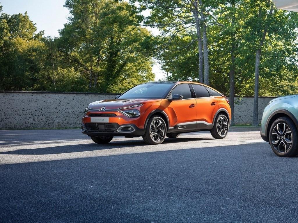 Llegan los nuevos Citroën C4 y ë-C4 2021, el compacto francés y su eléctrico debutan