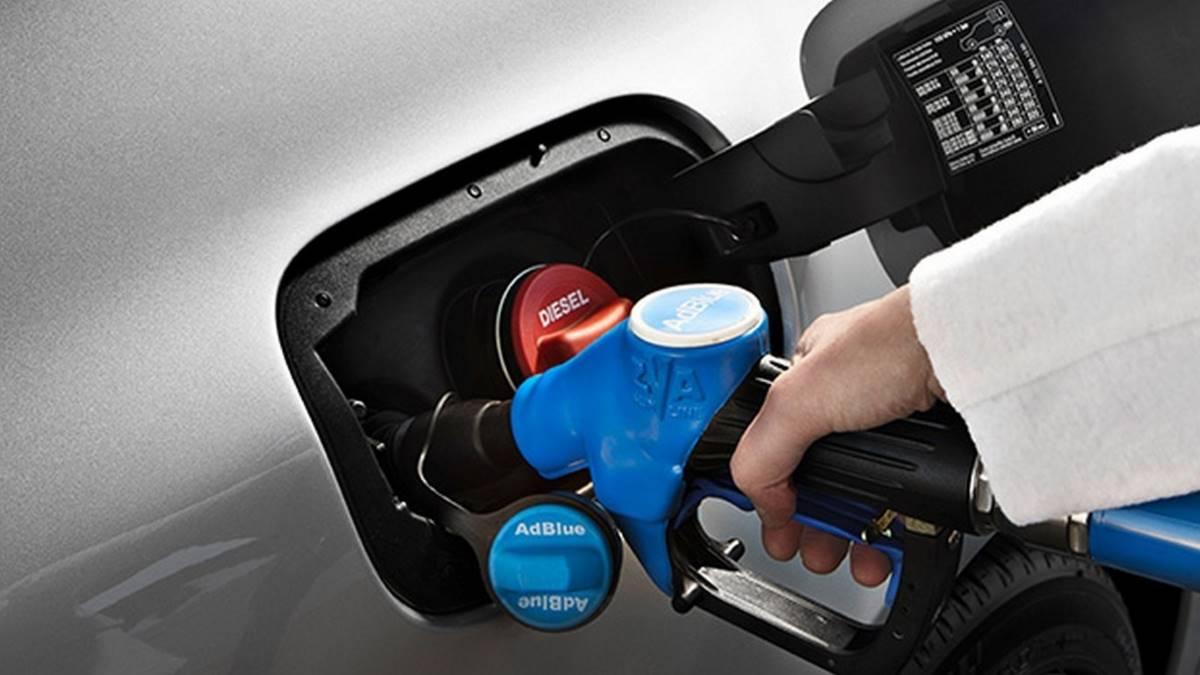 Cómo encontrar gasolineras con AdBlue