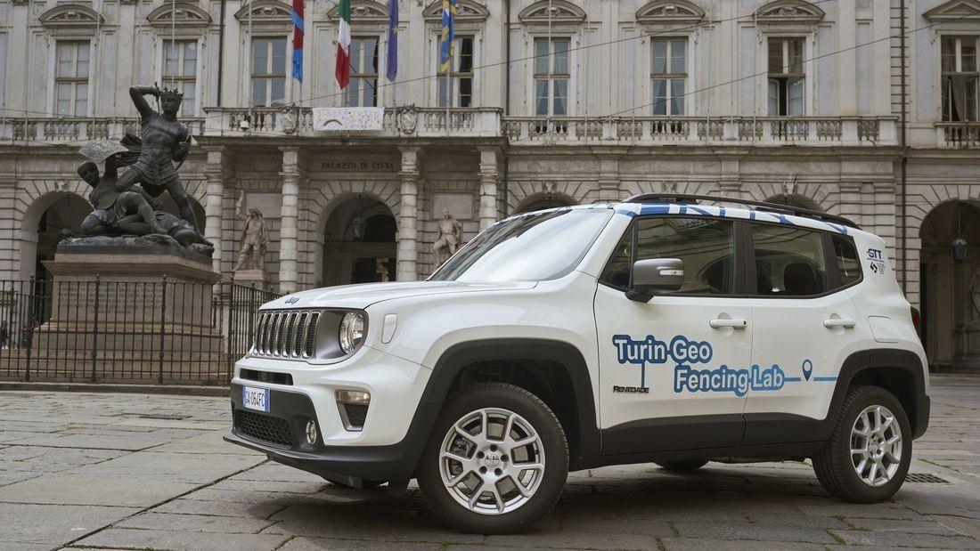 El Jeep Renegade 4XE prueba en Italia el modo de conducción eléctrico forzado