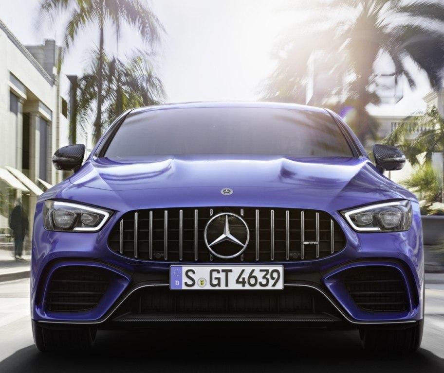 Mercedes-AMG GT 4 Puertas Coupé, la berlina deportiva estrena novedades