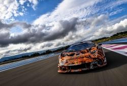 7 fotos nos adelantan el Lamborghini SCV12, el V12 más potente de la marca