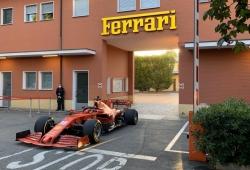 Leclerc despierta Maranello con su Ferrari SF1000 camino de Fiorano