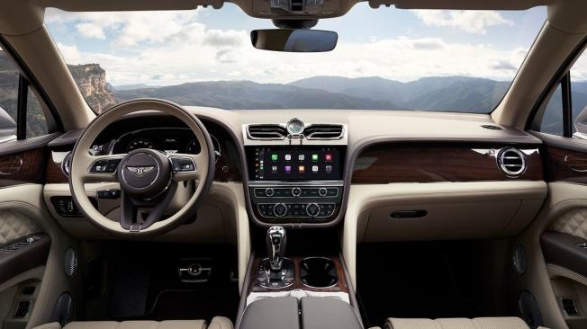 Bentley Bentayga 2021 - interior