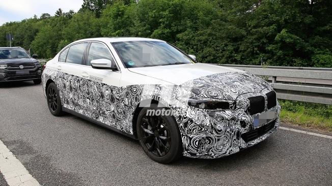 BMW i3 2022 - foto espía