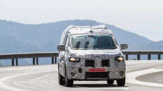 Dacia Dokker 2021 - foto espía frontal