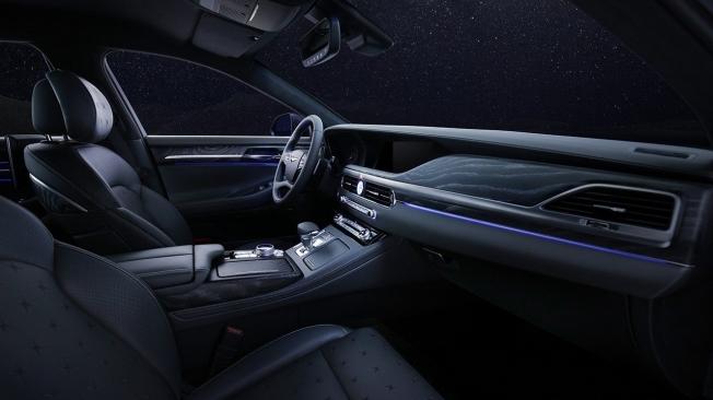 Genesis G90 Stardust - interior