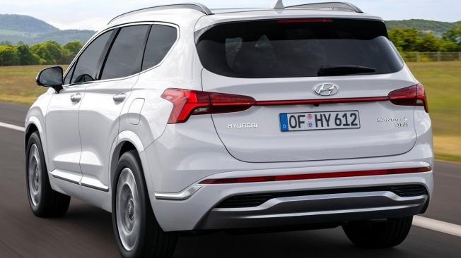Hyundai Santa Fe 2021 - posterior