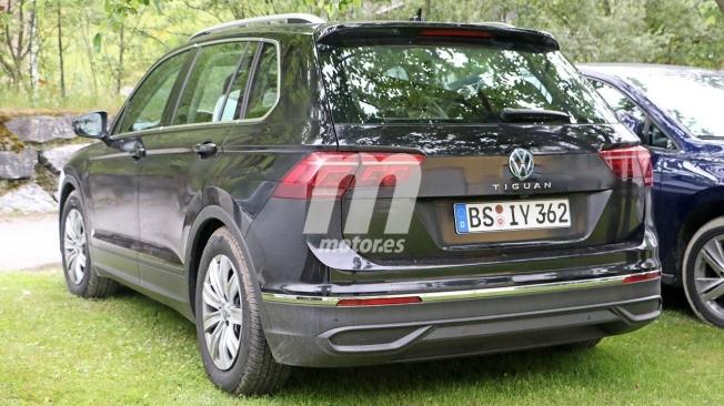 Volkswagen Tiguan 2021 - foto espía posterior