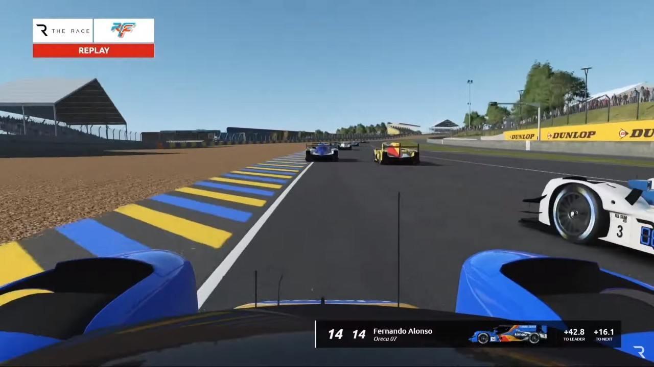 Montoya se hace con la Triple Corona virtual tras un desafortunado abandono de Alonso