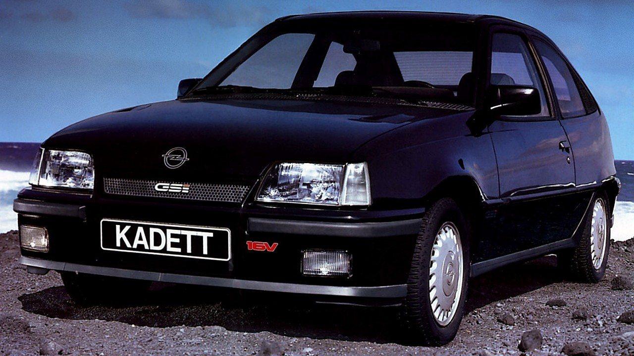 Amores de juventud: el Opel Kadett GSI 16v