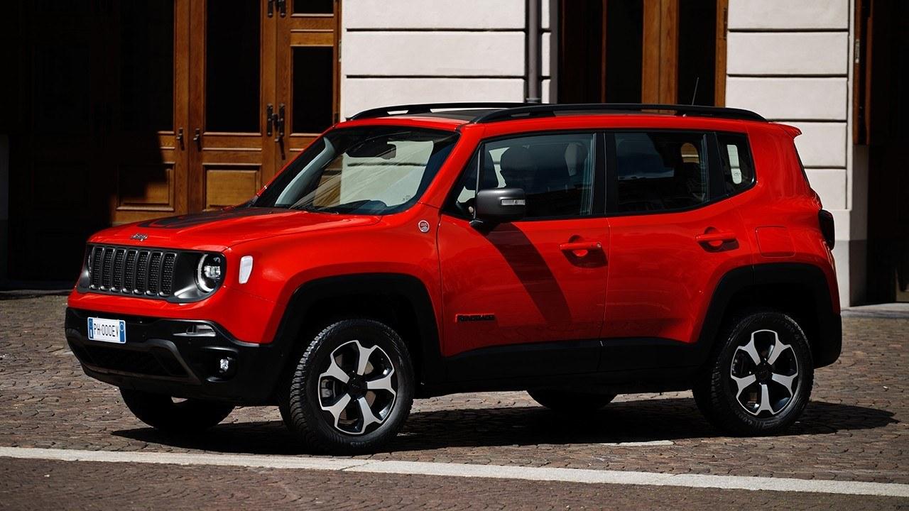 El Jeep Renegade 4xe híbrido enchufable estrena versiones, estos son sus precios