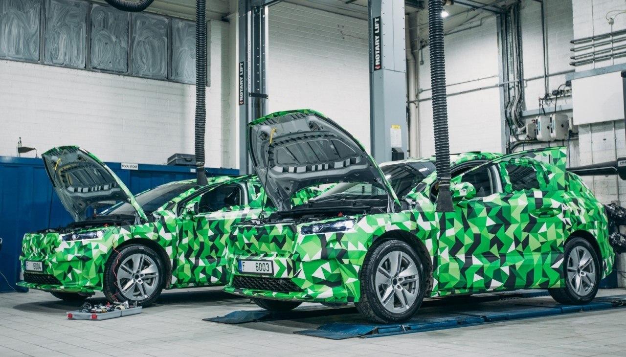 Nuevos teasers del Skoda ENYAQ iV, destapamos detalles del nuevo SUV eléctrico