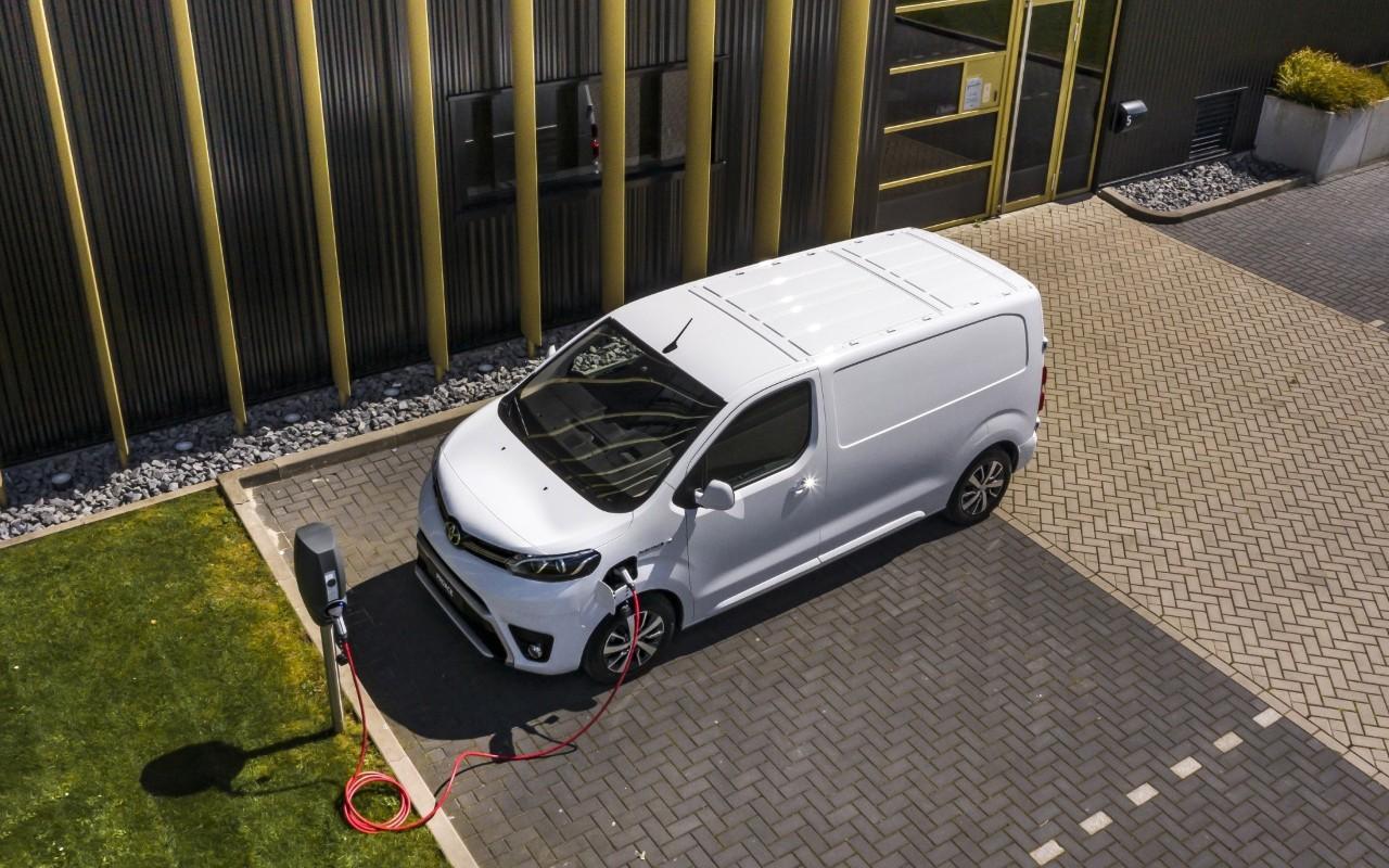 Toyota ProAce Electric, el comercial eléctrico con garantía casi de por vida