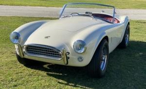 Resucitan el mítico AC Cobra original pero con un motor eléctrico de 312 CV