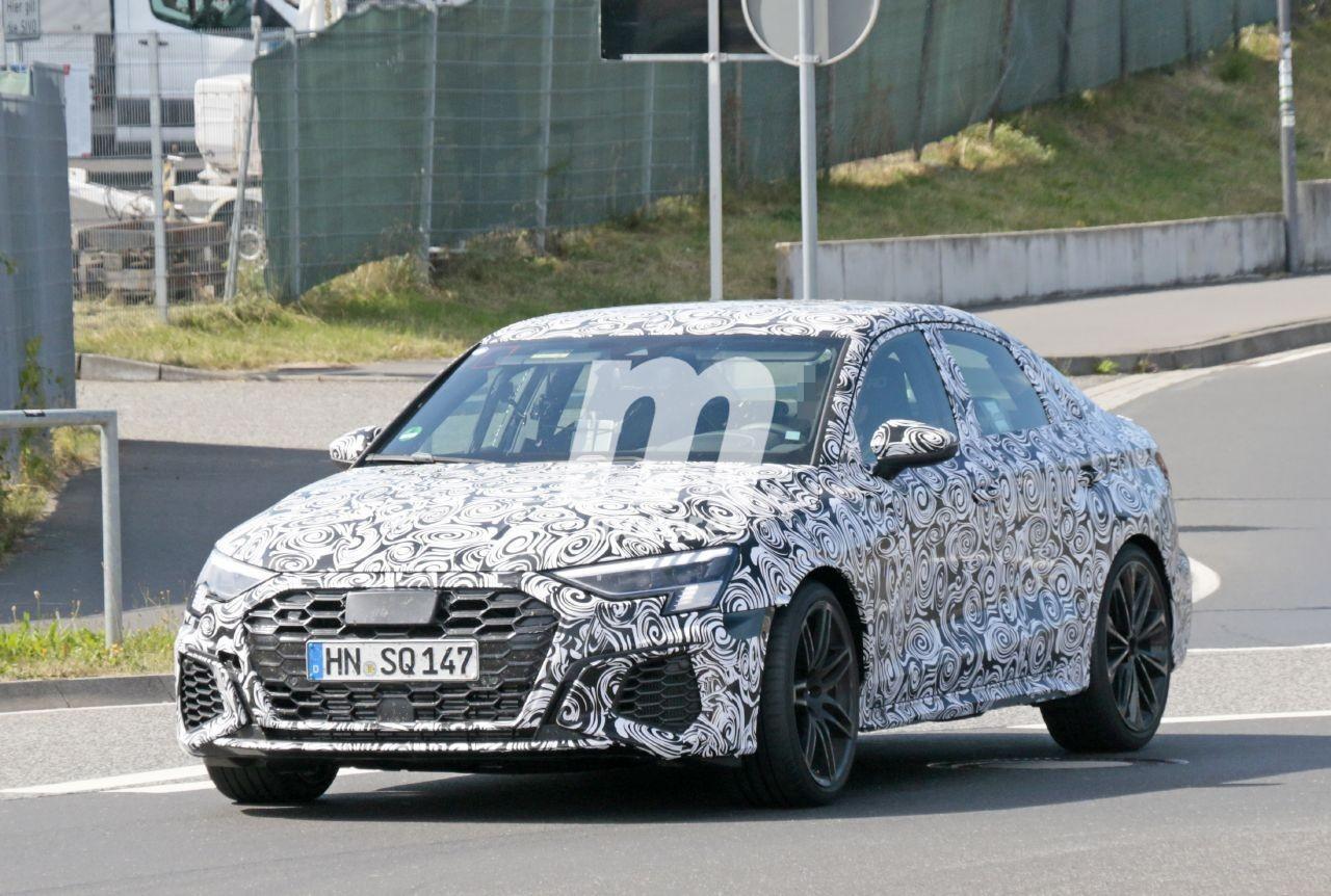 El nuevo Audi RS 3 Sedán 2022, cazado en fotos espía a la salida de Nürburgring