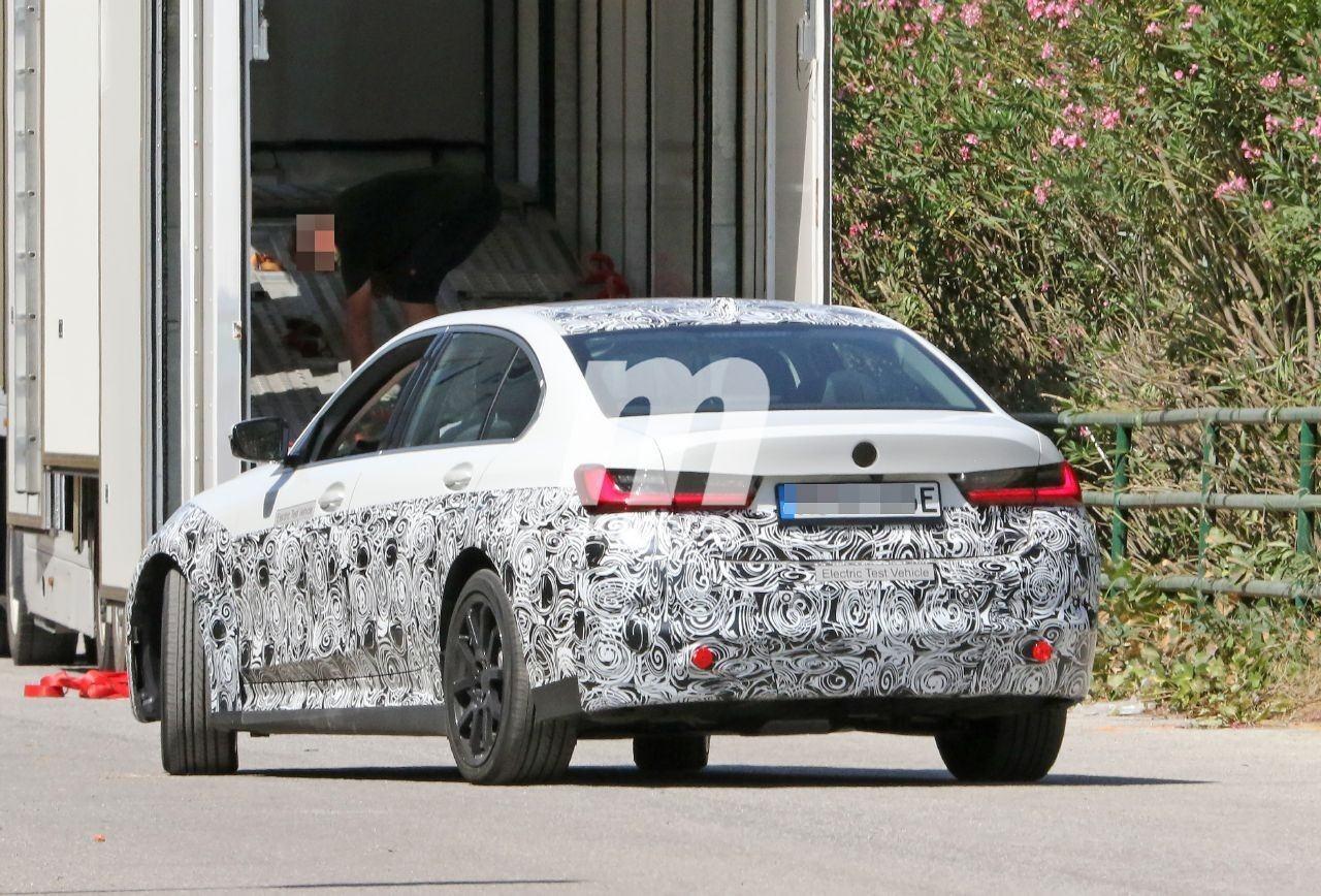 2022 BMW i3 22