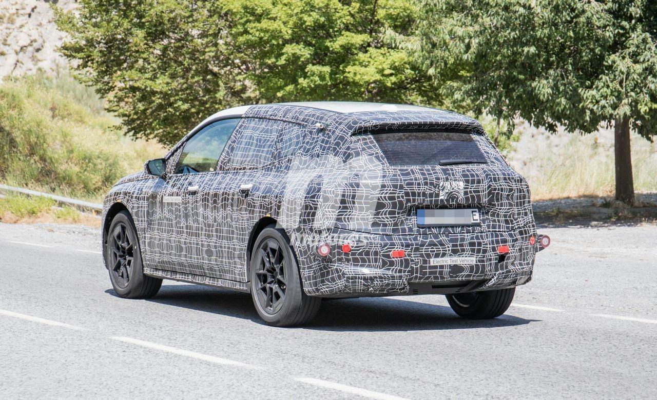 2020 BMW i6/iNEXT/iX8/iX 31