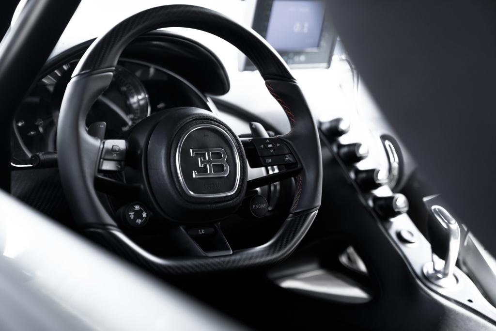 Bugatti aparca de momento la producción de un segundo modelo