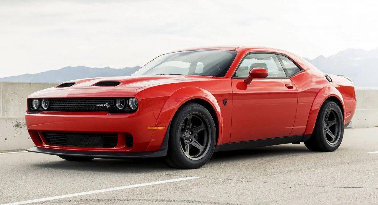 Dodge exprime el Challenger Hellcat para crear la brutal versión Super Stock